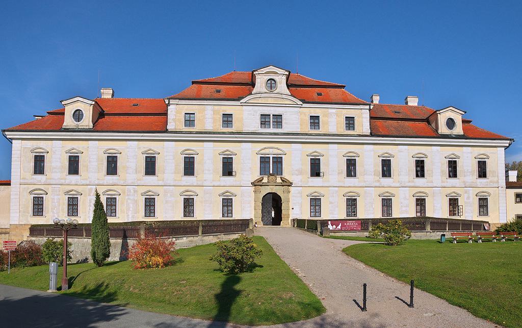 Rychnov nad Kněžnou (zámek)