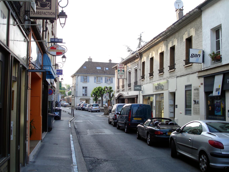 file saint leu la foret rue du general leclerc. Black Bedroom Furniture Sets. Home Design Ideas