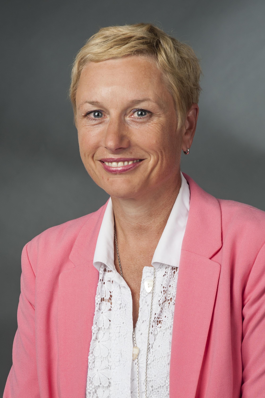 Jacqueline Scharfenberg