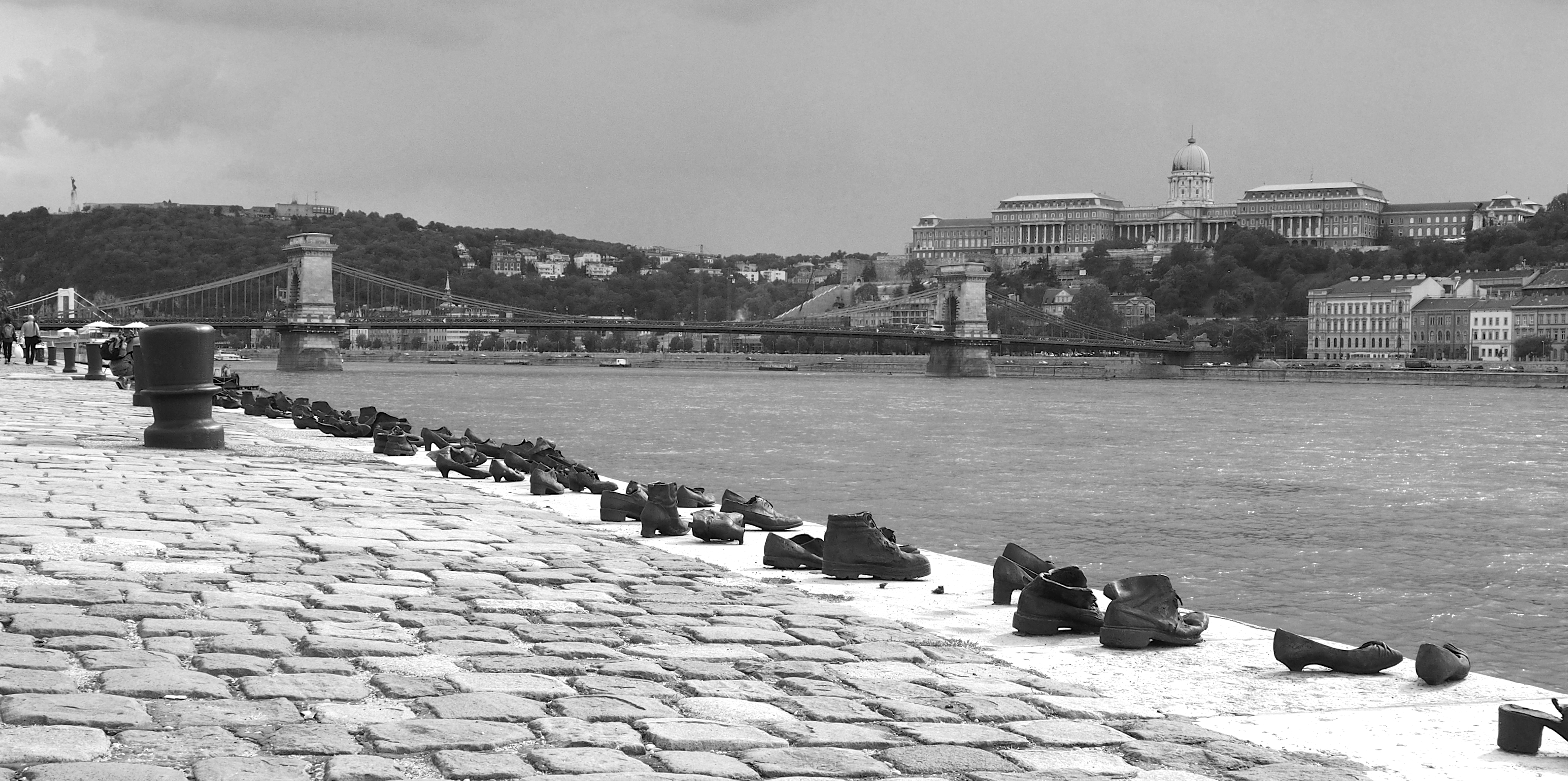 Shoes on the Danube Bank (11411795565).jpg