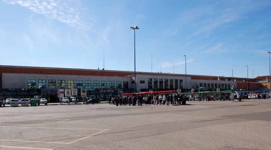 Verona porta nuova railway station wikipedia - Stazione verona porta nuova indirizzo ...