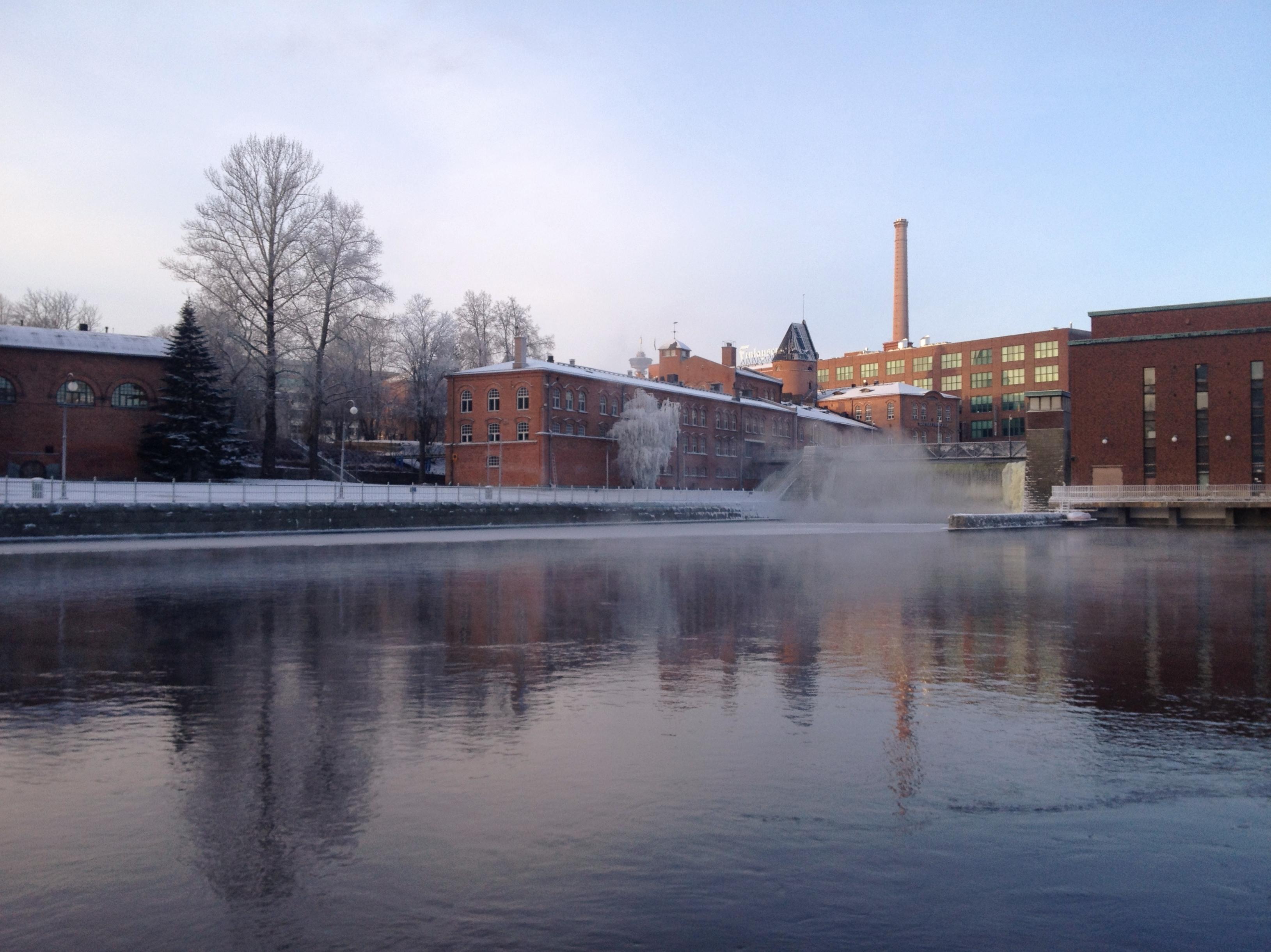 Tammerkoski rapids on 10th January 2016 2.jpg