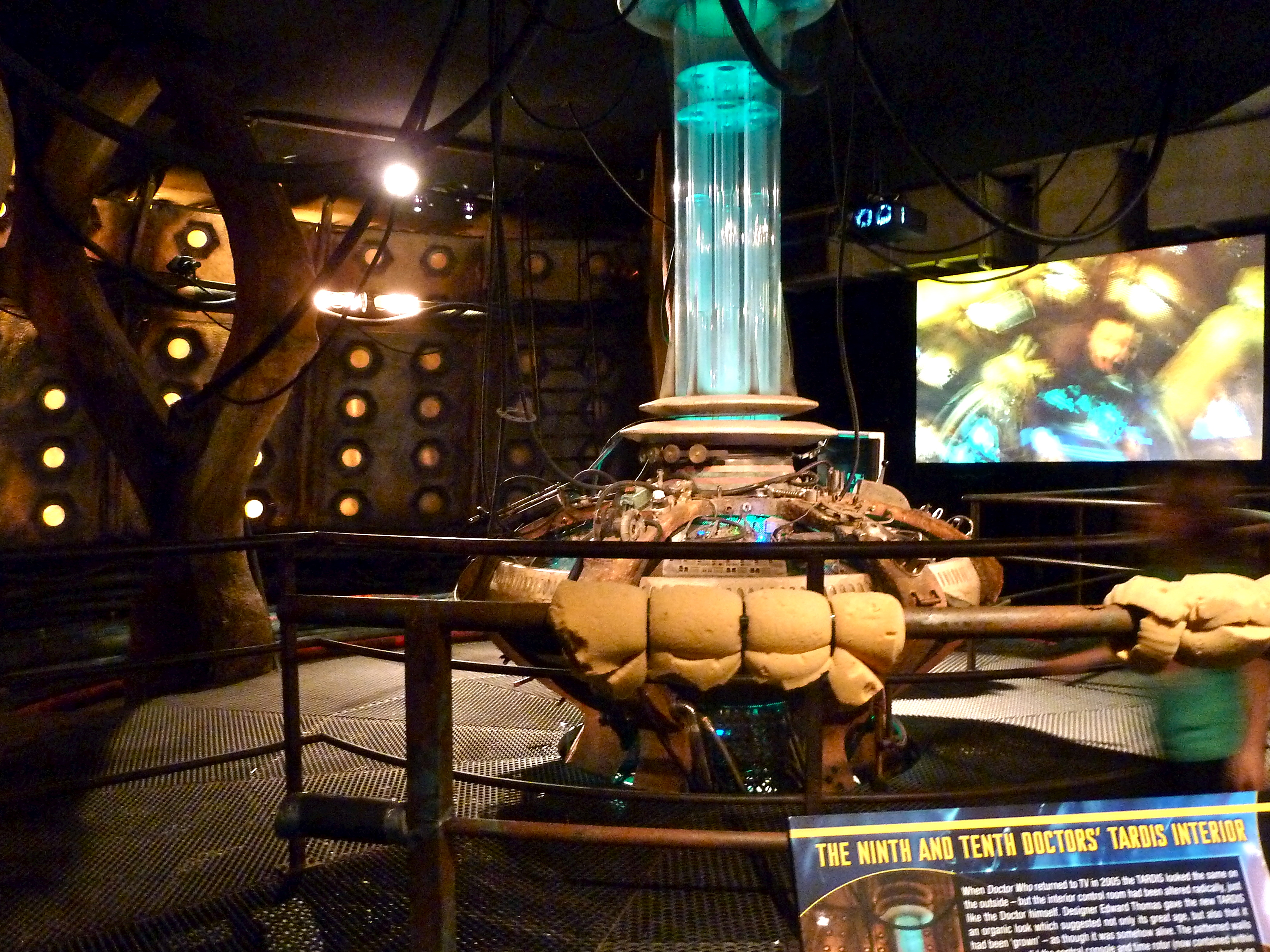 File:The Ninth And Tenth Doctorsu0027 Tardis Interior (6097829000)