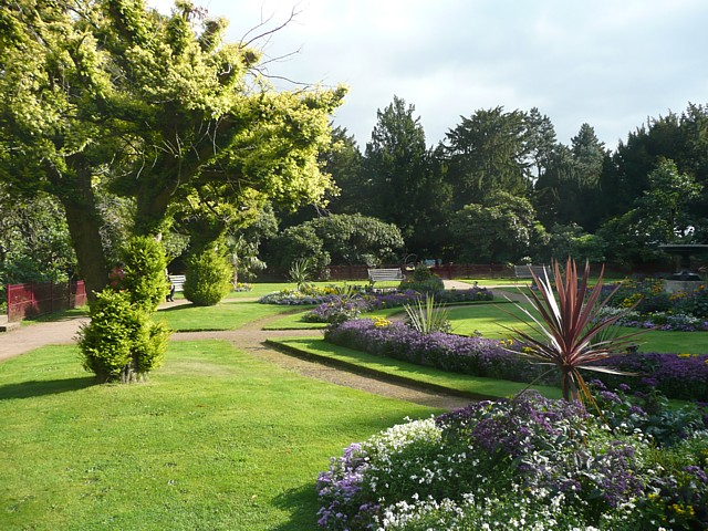File:The Victorian Flower Garden, Wentworth Castle Grounds, Staimborough - geograph.org.uk - 1501764.jpg