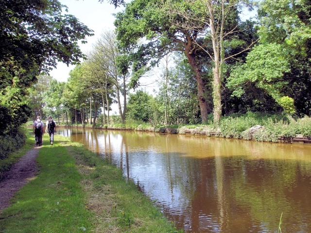 Trent & Mersey Canal - geograph.org.uk - 848064