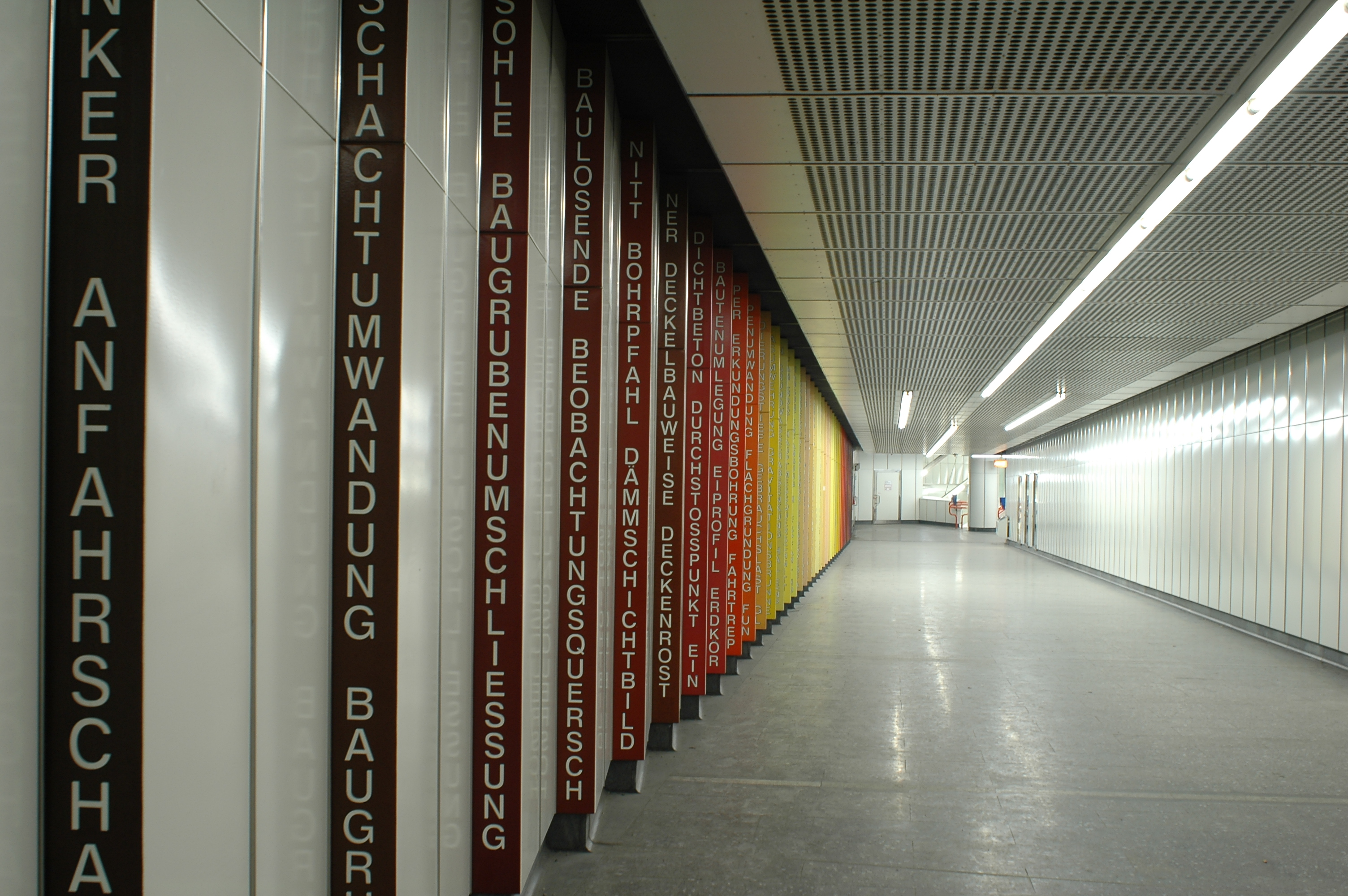 Fileu Baualphabet U3 Station Hütteldorferstraße Wienjpg