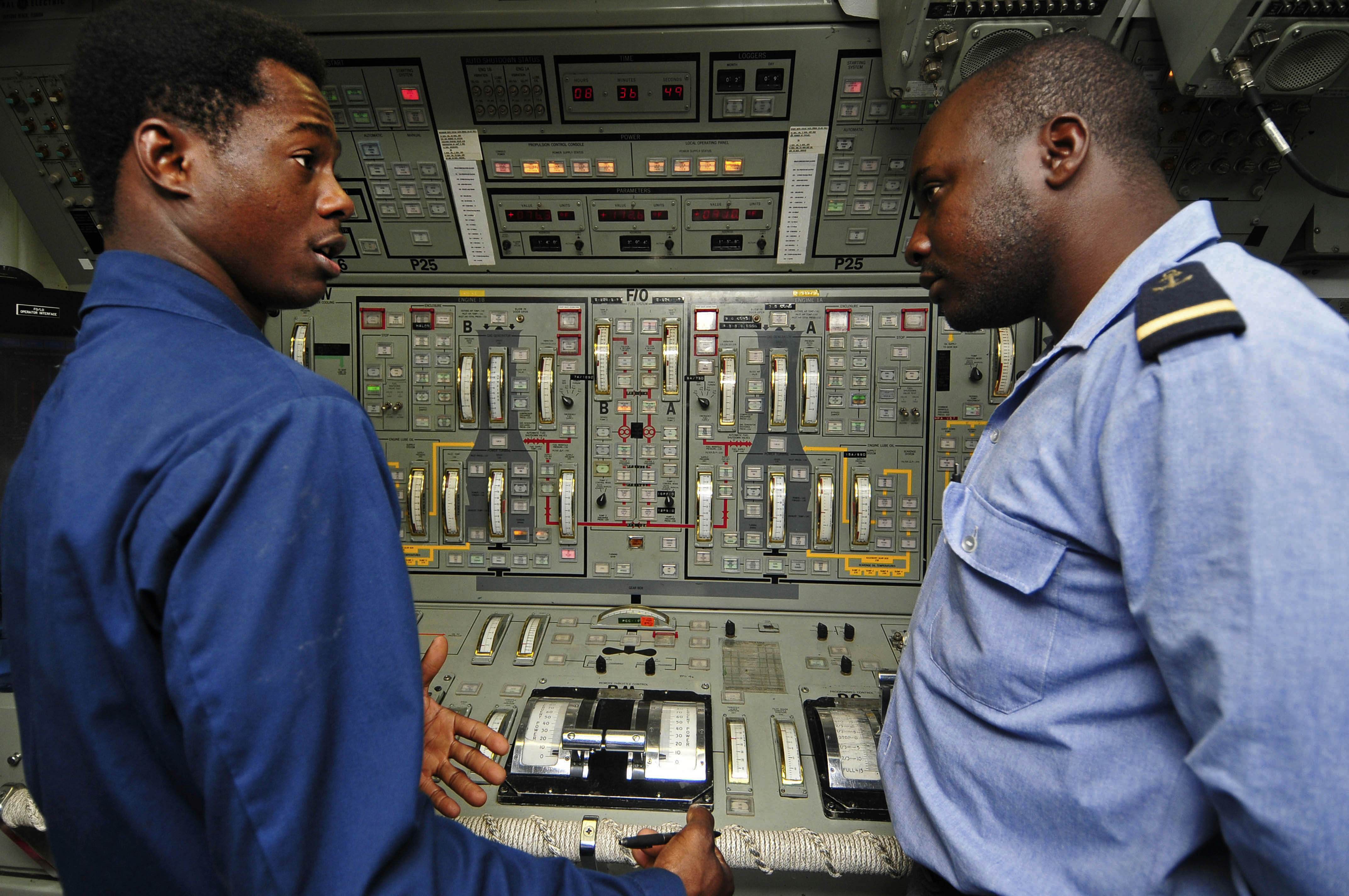 U S Navy Gas Turbine System Technician Mechanical 3rd Class Botha