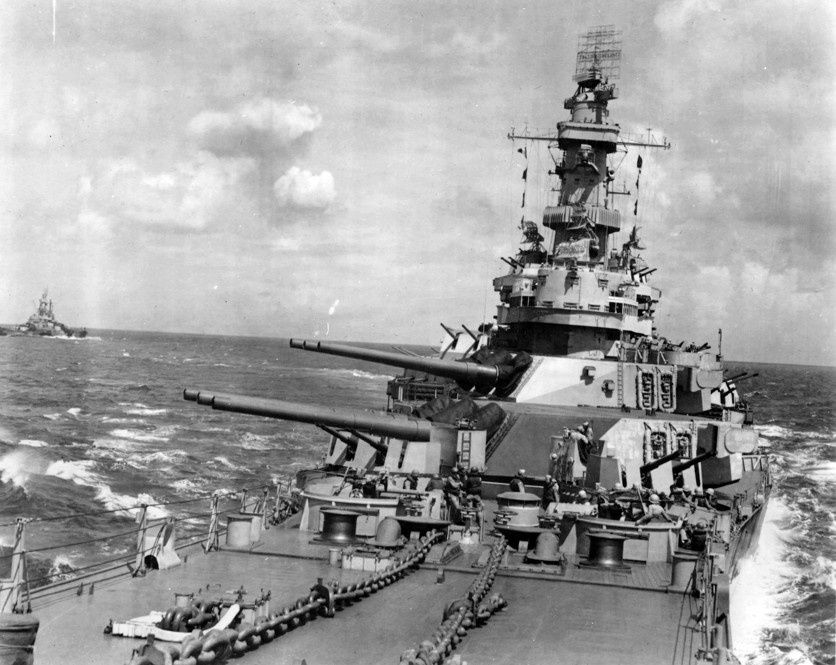 USS Iowa %28BB 61%29 Preps - Iowa's and Montana's missing AA mounts on #2 turret