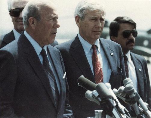 file us secretary of state george p shultz in lebanon 1983 jpg