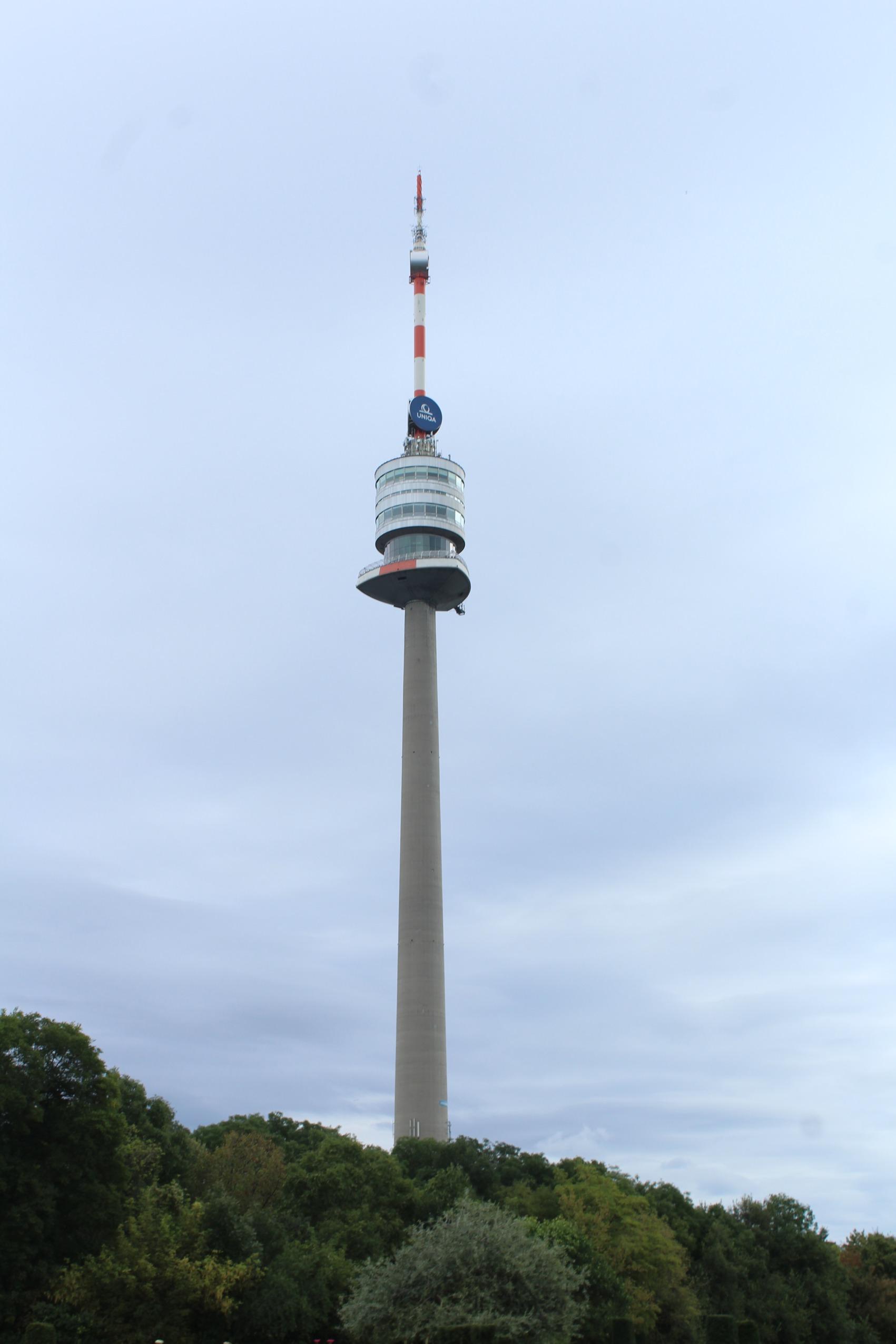 Wien-Donaustadt, Donaupark, der Donauturm-1.JPG