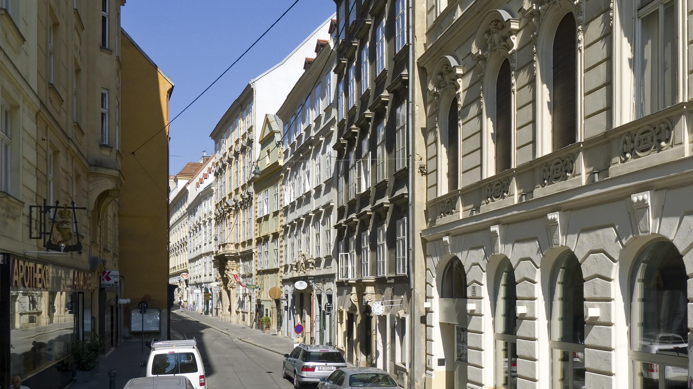 Wien 01 Himmelpfortgasse a.jpg