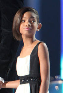 http://upload.wikimedia.org/wikipedia/commons/0/0b/Willow_Smith.jpg