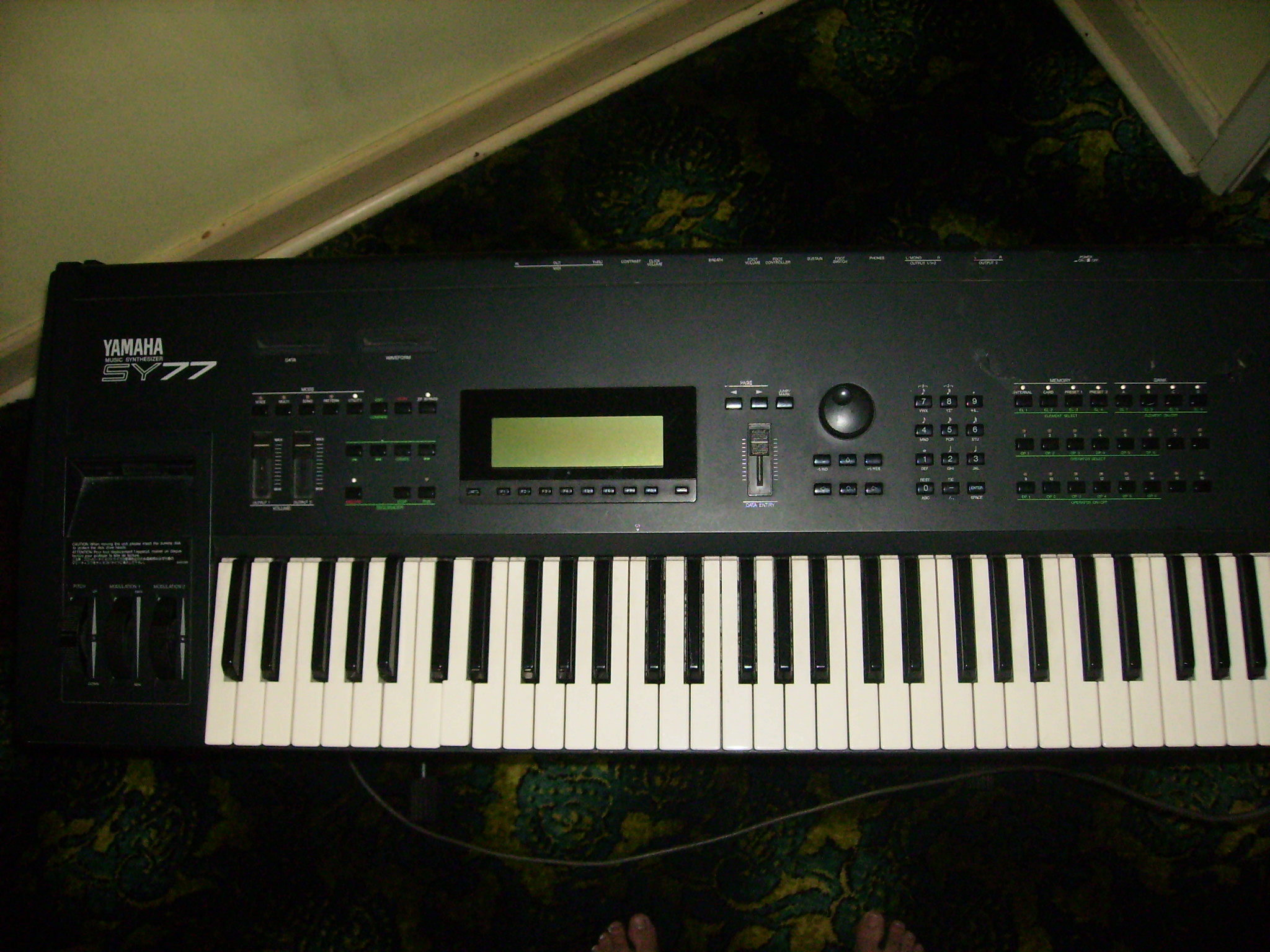 Yamaha SY77 - Wikipedia