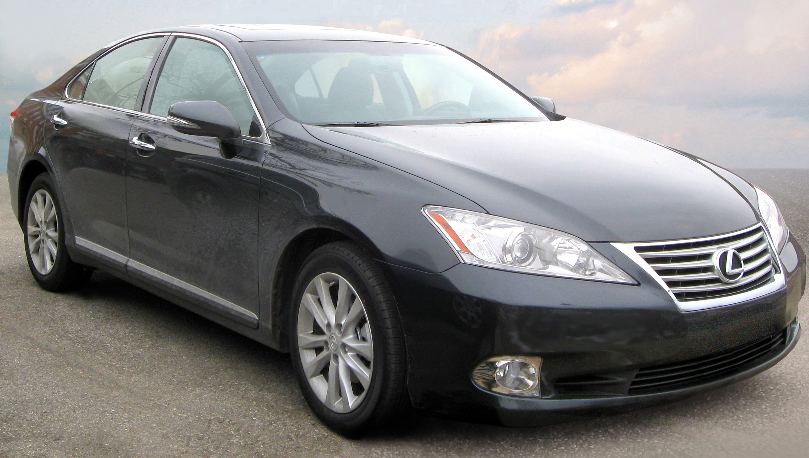 Make/Model Spotlight: Lexus ES 350