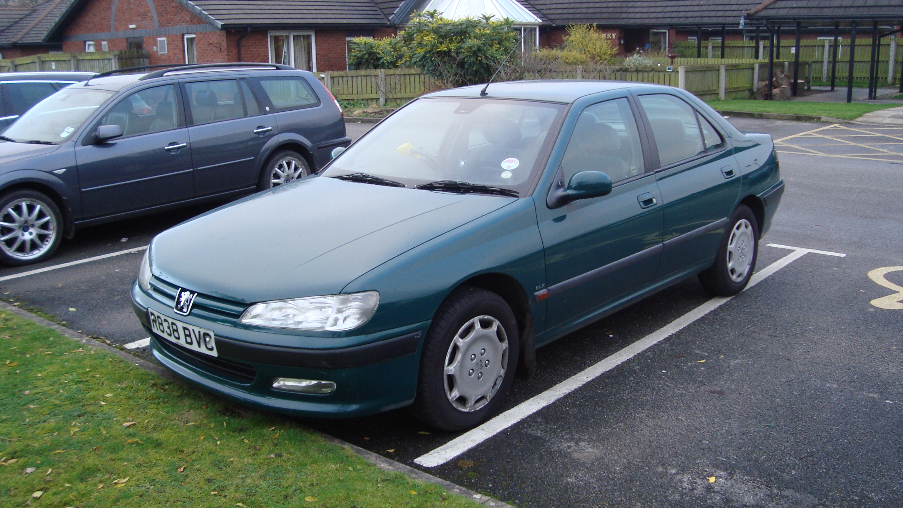File:1997 Peugeot 406 2.0 GLX (15888982116).jpg