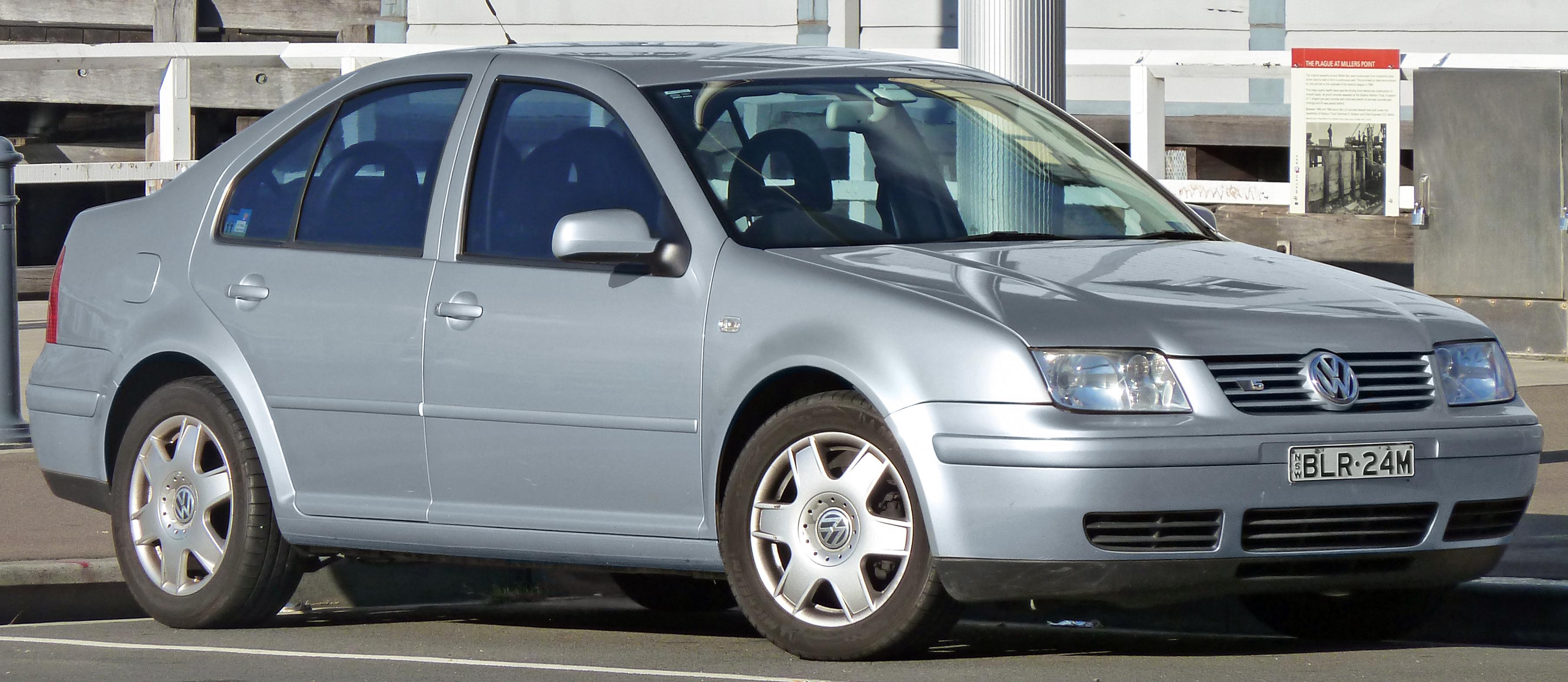 File 1999 2004 Volkswagen Bora 1j V5 Sedan 2011 03 23