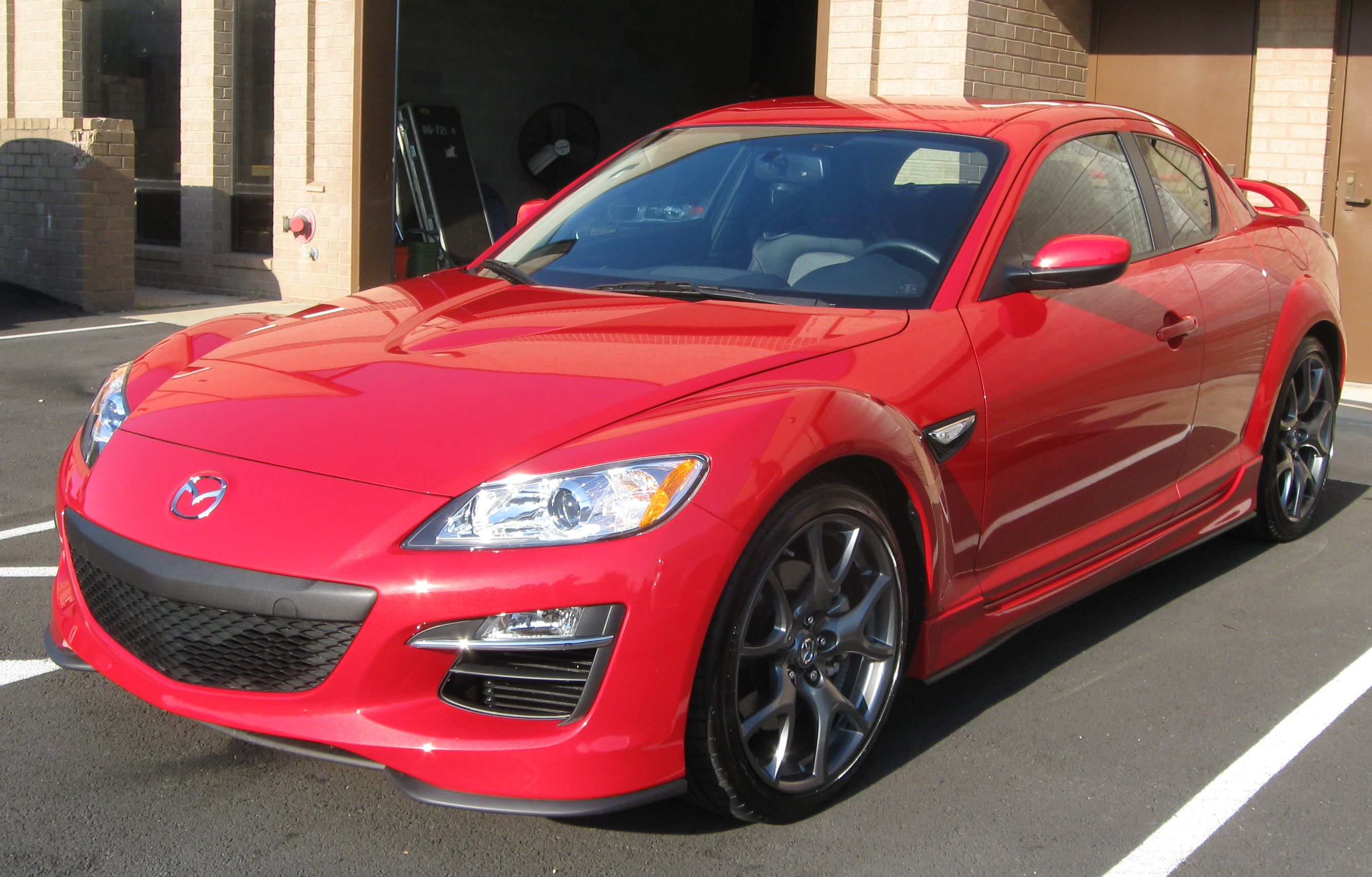 File:2010 Mazda RX-8 R3 -- 09-03-2009.jpg - Wikimedia Commons