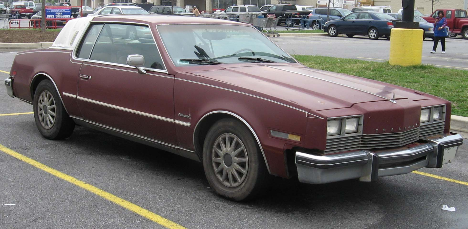 File:3rd-Oldsmobile-Toronado.jpg - Wikipedia, the free encyclopedia