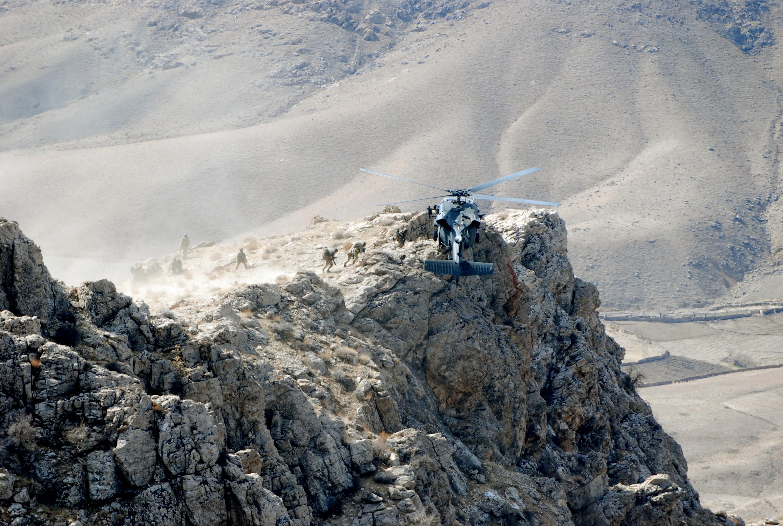 фото горы сестры с самолета предлагают большой выбор