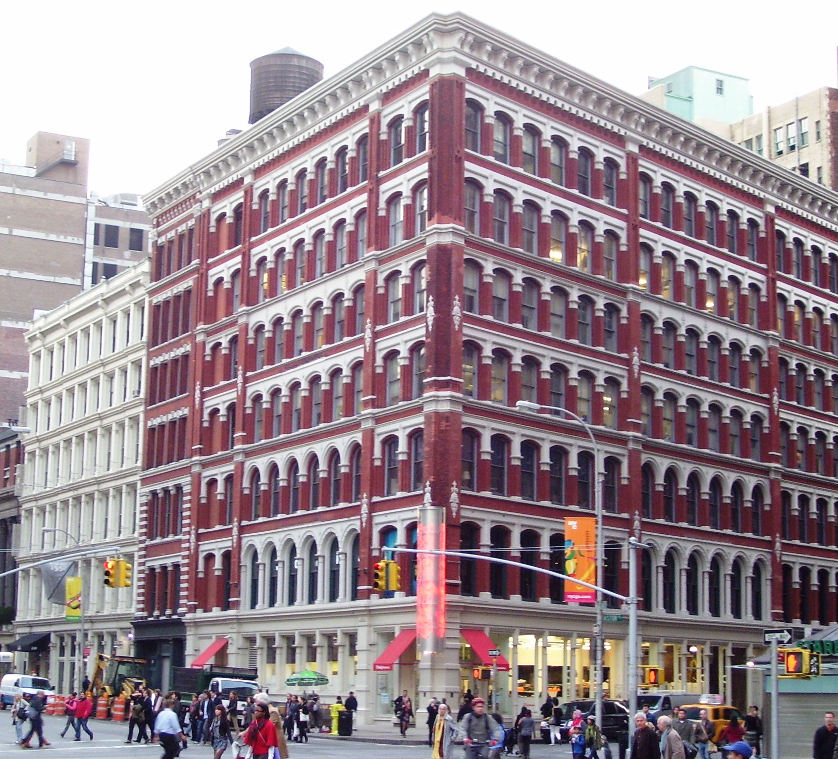 Restaurants near Astor Place Theatre, New York City on TripAdvisor: Find traveler reviews and candid photos of dining near Astor Place Theatre in New York City, New York. 4 Astor Pl btw Broadway & Lafayette. 0 miles from Astor Place Theatre. Cuisines: American. Joe's Pub.