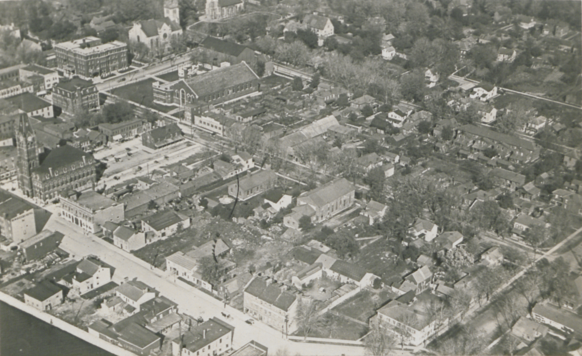 File Belleville Ontario From The Air Hs85 10 36730 Jpg