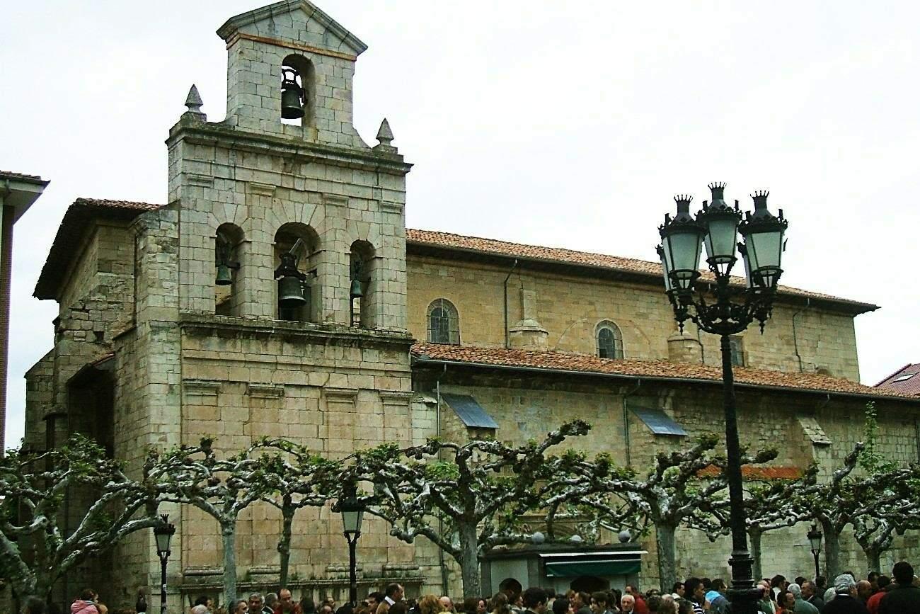 File:Briviesca - Iglesia de San Martin 26.JPG - Wikimedia Commons