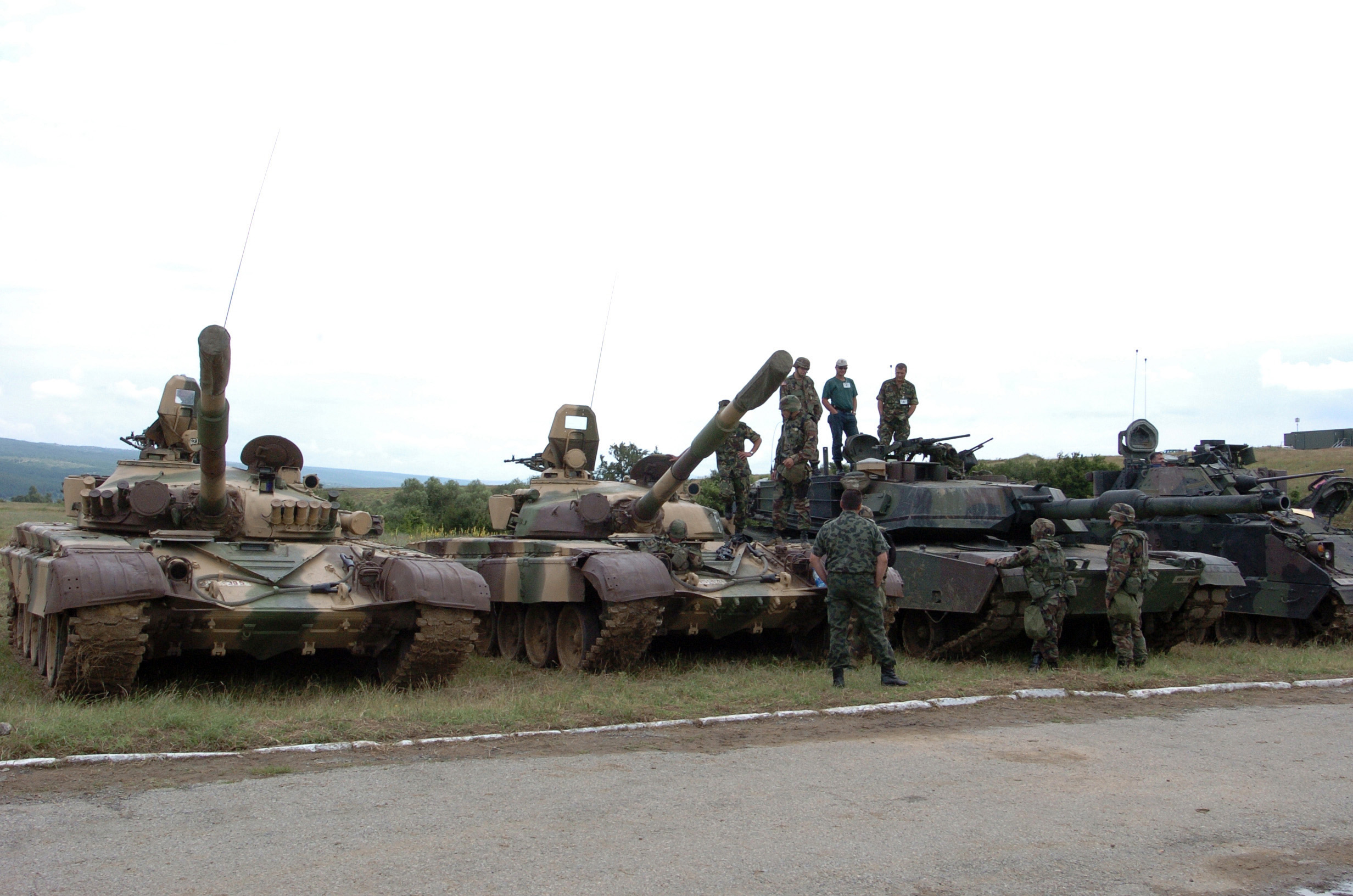 Bulgarian_T-72_and_US_M1_Abrams.JPEG