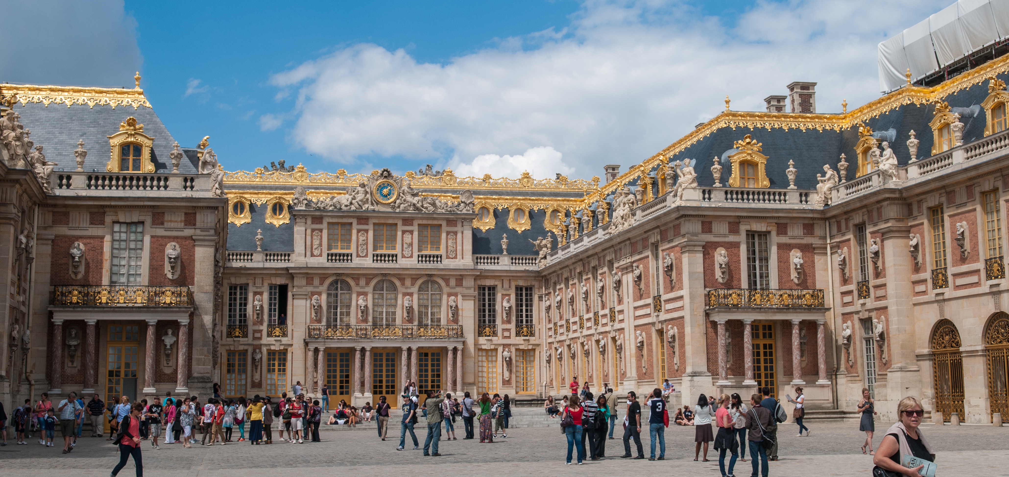 a historical review of france the palace of versailles Discover the palace of versailles history : an ancien hunting lodge turned in a wonderful palace during the reign of louis xiv.