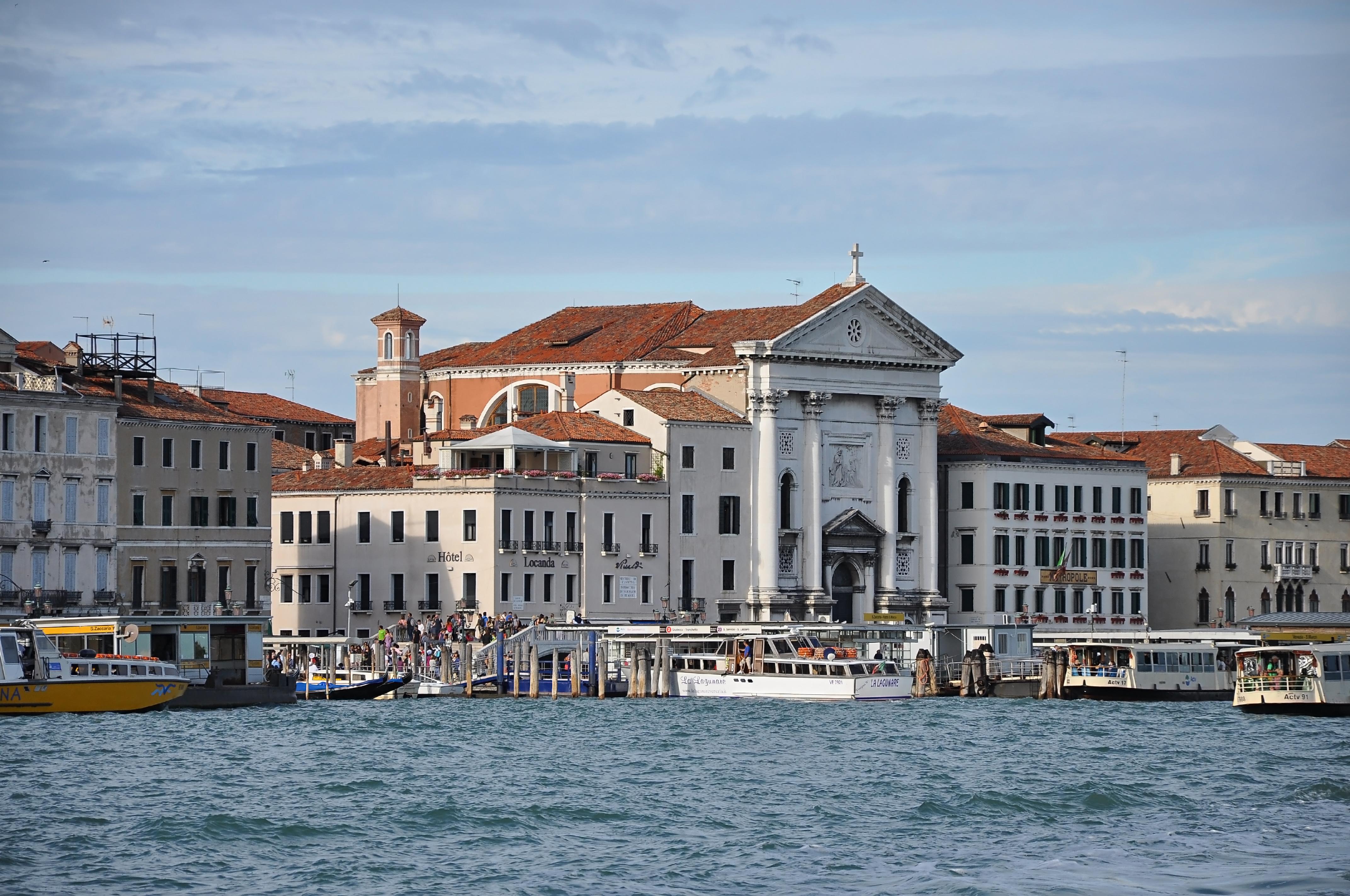 Venice On The Beach Hotel California