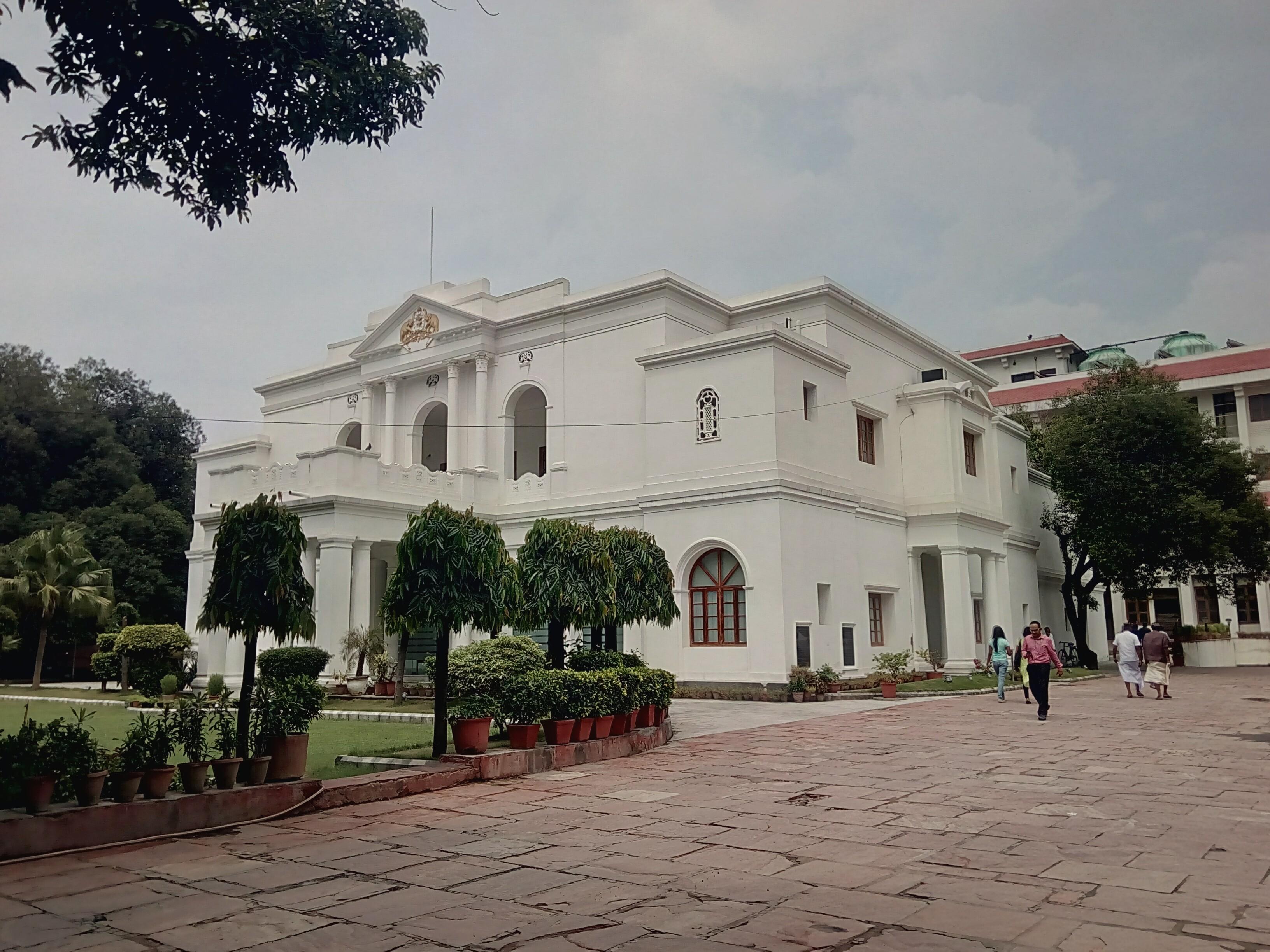 File cochin house in kerala house wikimedia for Classic house 2000s