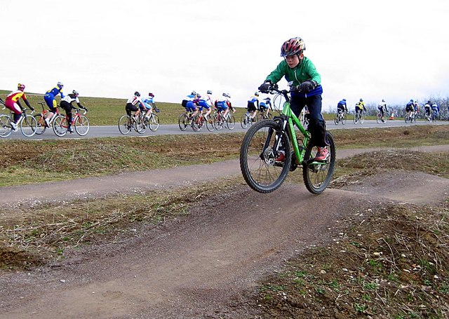 Cycle racing