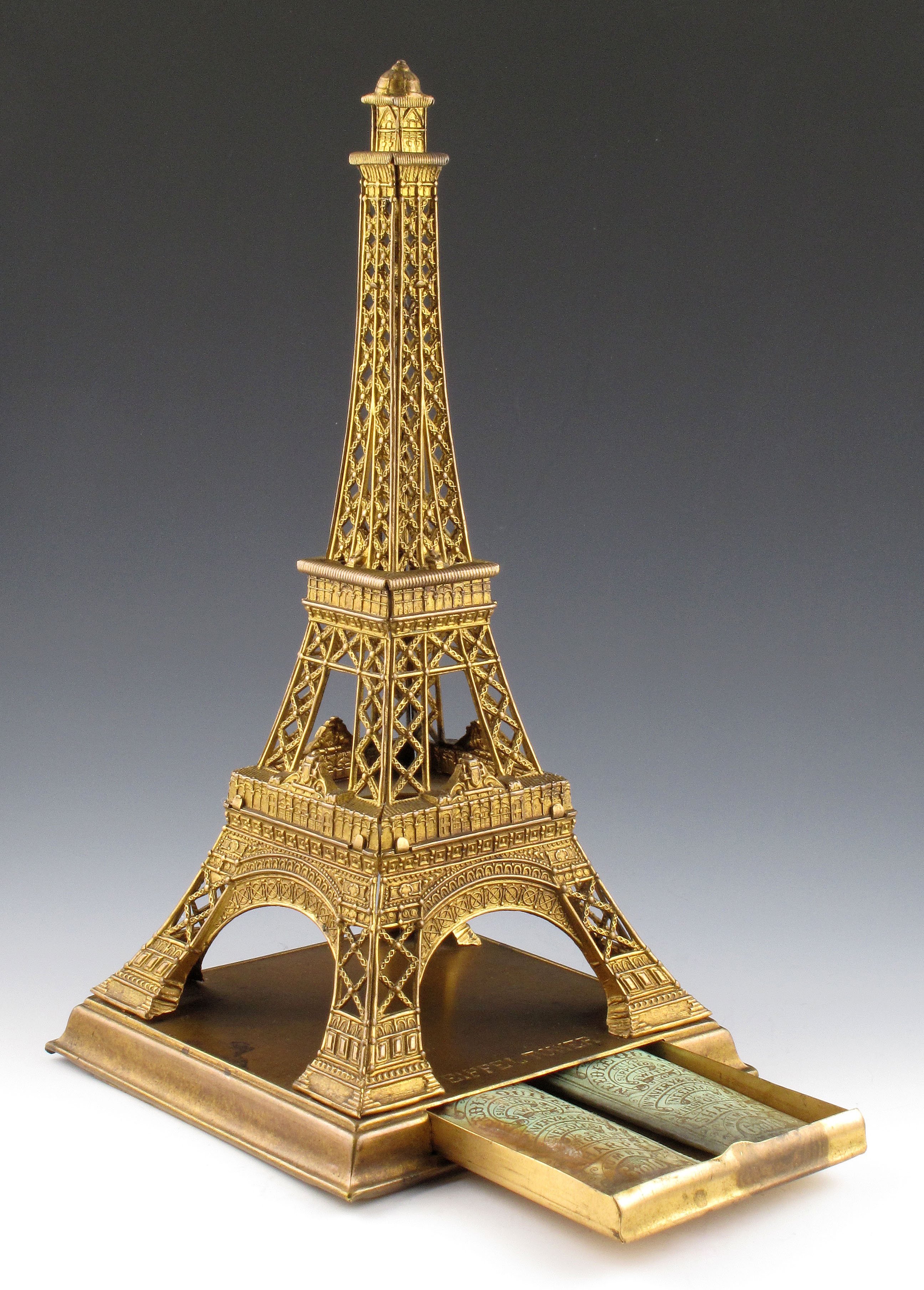 The Eiffel Tower File Eiffel Tower Needle Case Jpg Wikimedia Commons