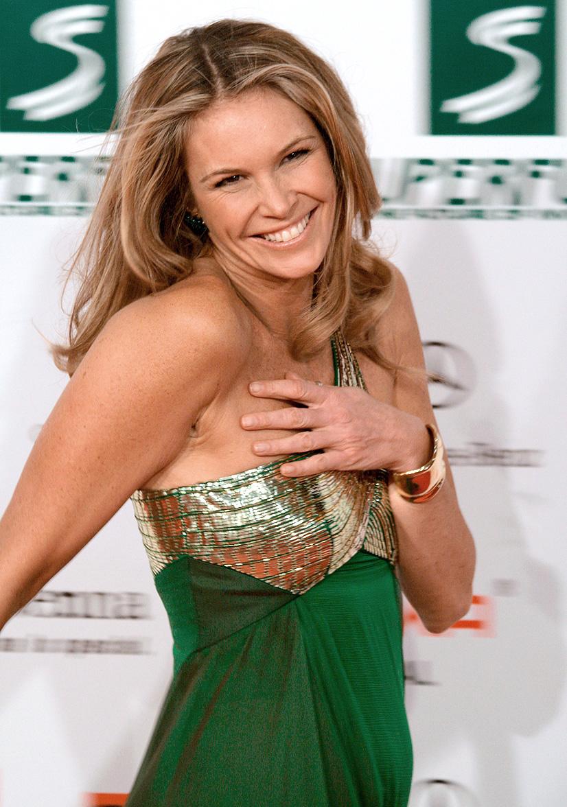 file elle macpherson women 39 s world awards 2009