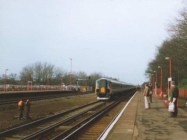 Farnborough (Main) railway station
