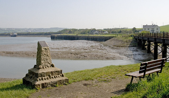 File:Fremington Quay - geograph.org.uk - 808752.jpg