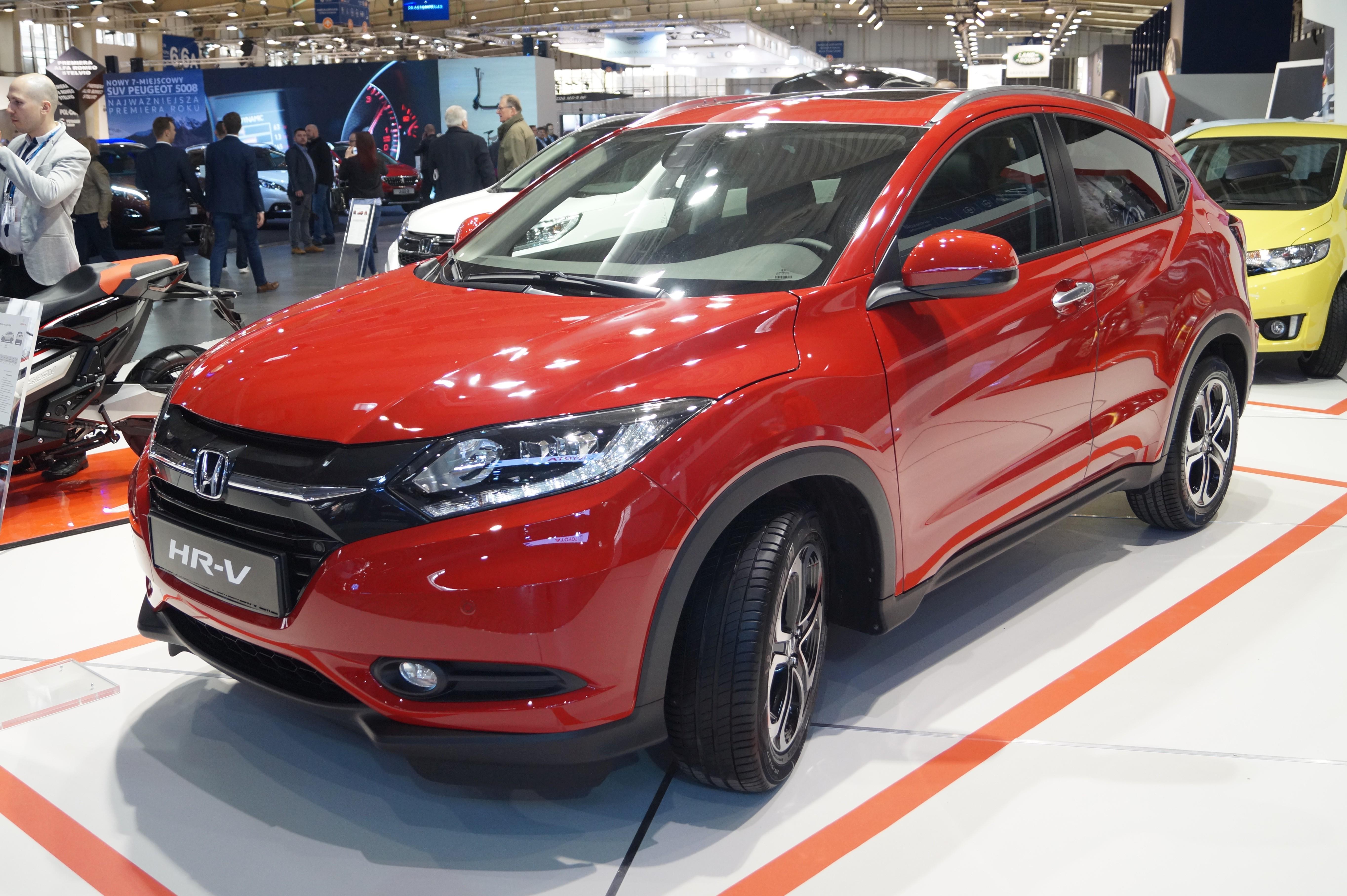 2017 Honda HR-V Reviews and Rating | Motor Trend