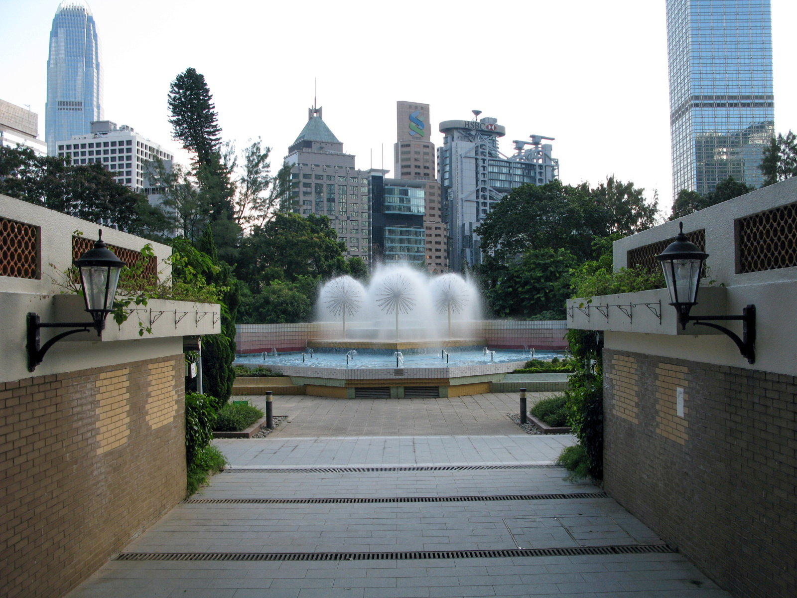 File Hong Kong Zoological And Botanical Gardens Fountain