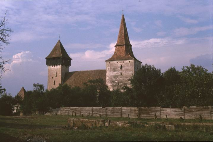 Biserica fortificată din Movile
