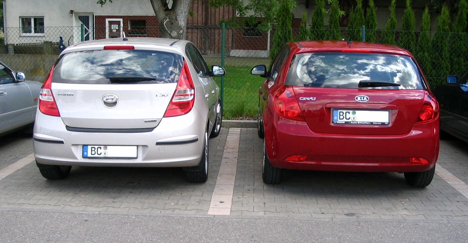 File I30 Vs Ceed Jpg Wikimedia Commons