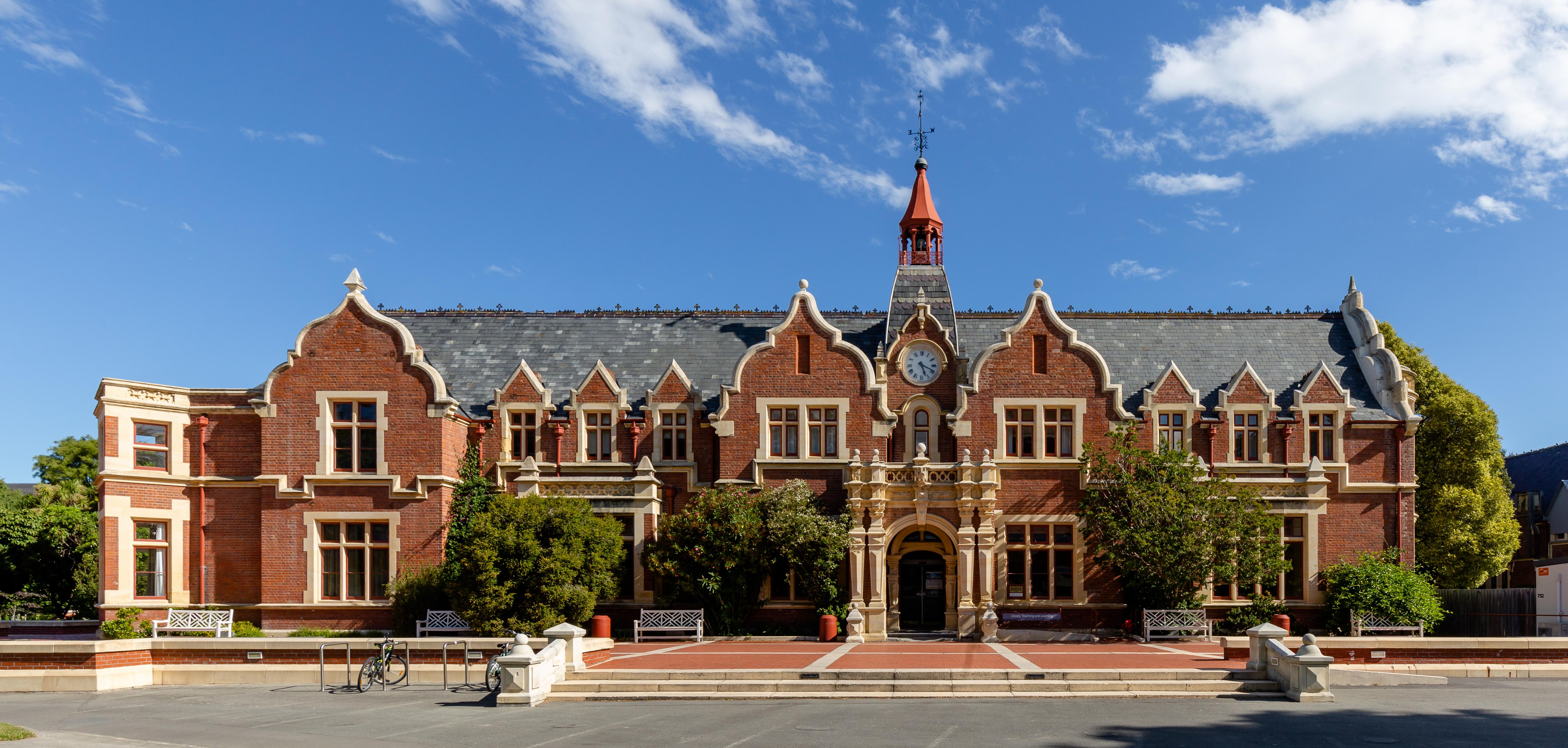 File:Ivey Hall, Lincoln University, New Zealand.jpg - Wikimedia Commons