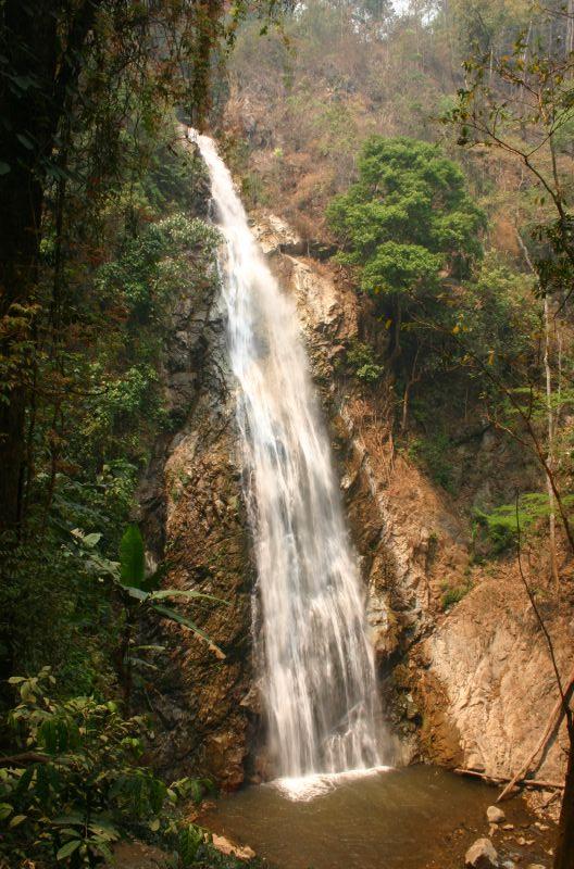 Khun Korn Waterfall. Chiang Rai Province.jpg