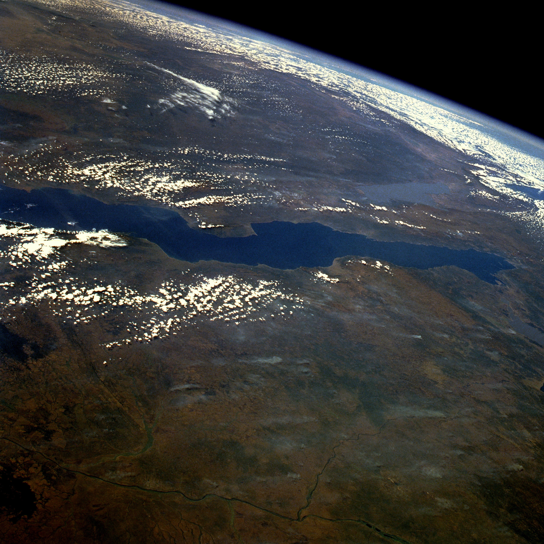 File:Lake tanganyika.jpg - Wikipedia, the free encyclopedia