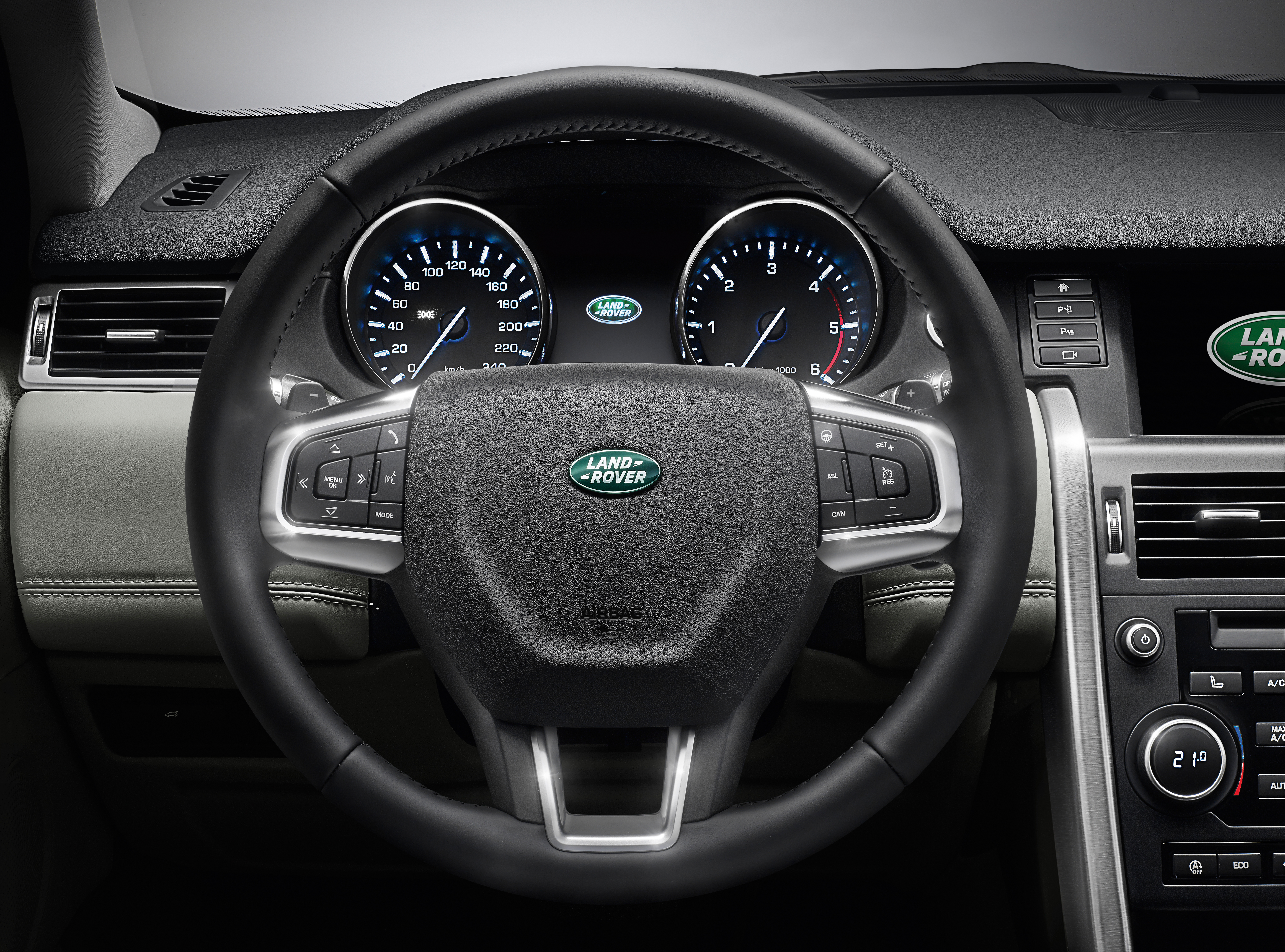 land rover discovery sport interior. File:Land Rover Discovery Sport - Interior (14916532357).jpg Land E