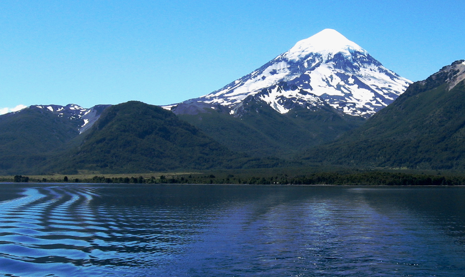 Volcán Lanín - Wikipedia, la enciclopedia libre