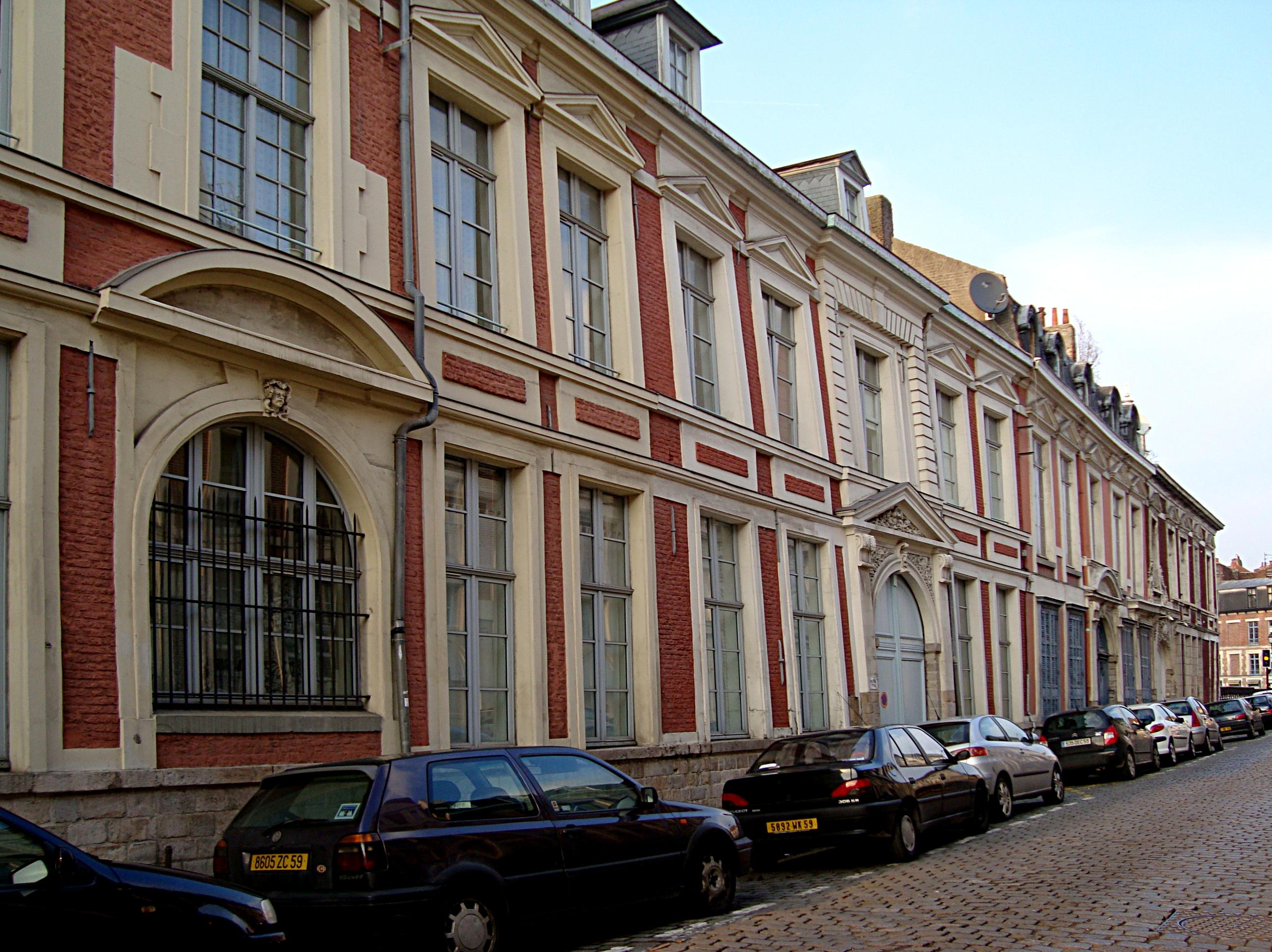 File:Lille hotel Vrau Pont Neuf.JPG - Wikimedia Commons