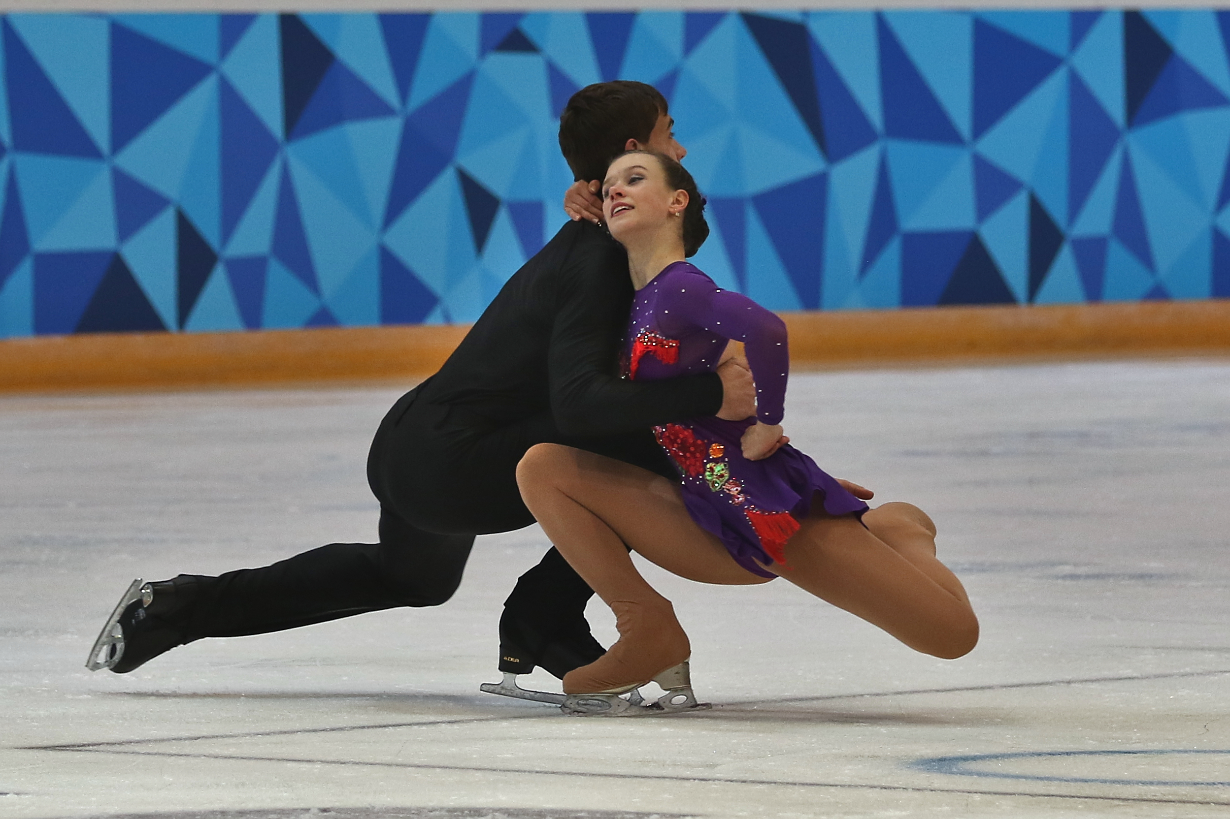 """dating skating pairs Seven fabulous """"out"""" gay men of figure skating march 23, 2016 