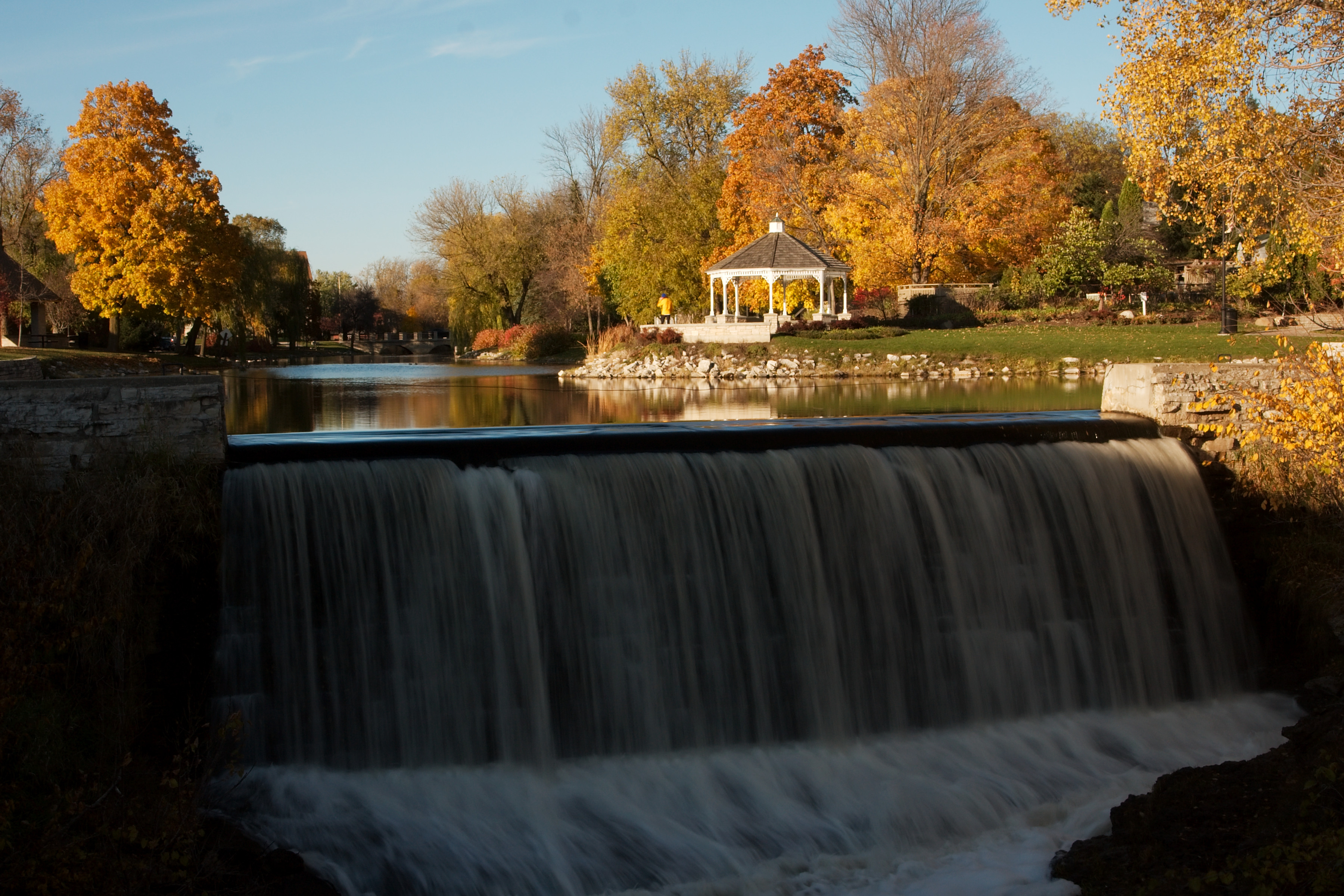 menomonee falls Menomonee falls is a village in waukesha county, wisconsin, united states, and is part of the greater milwaukee area the population was 35,626 at the 2010 census.