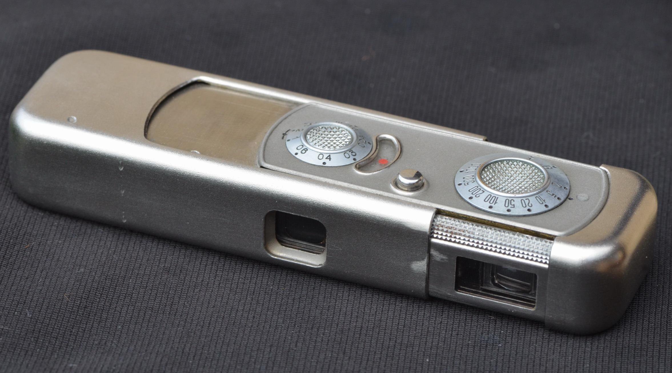 Minox Riga with Minostigmat 3,5 F=15 lens.jpg