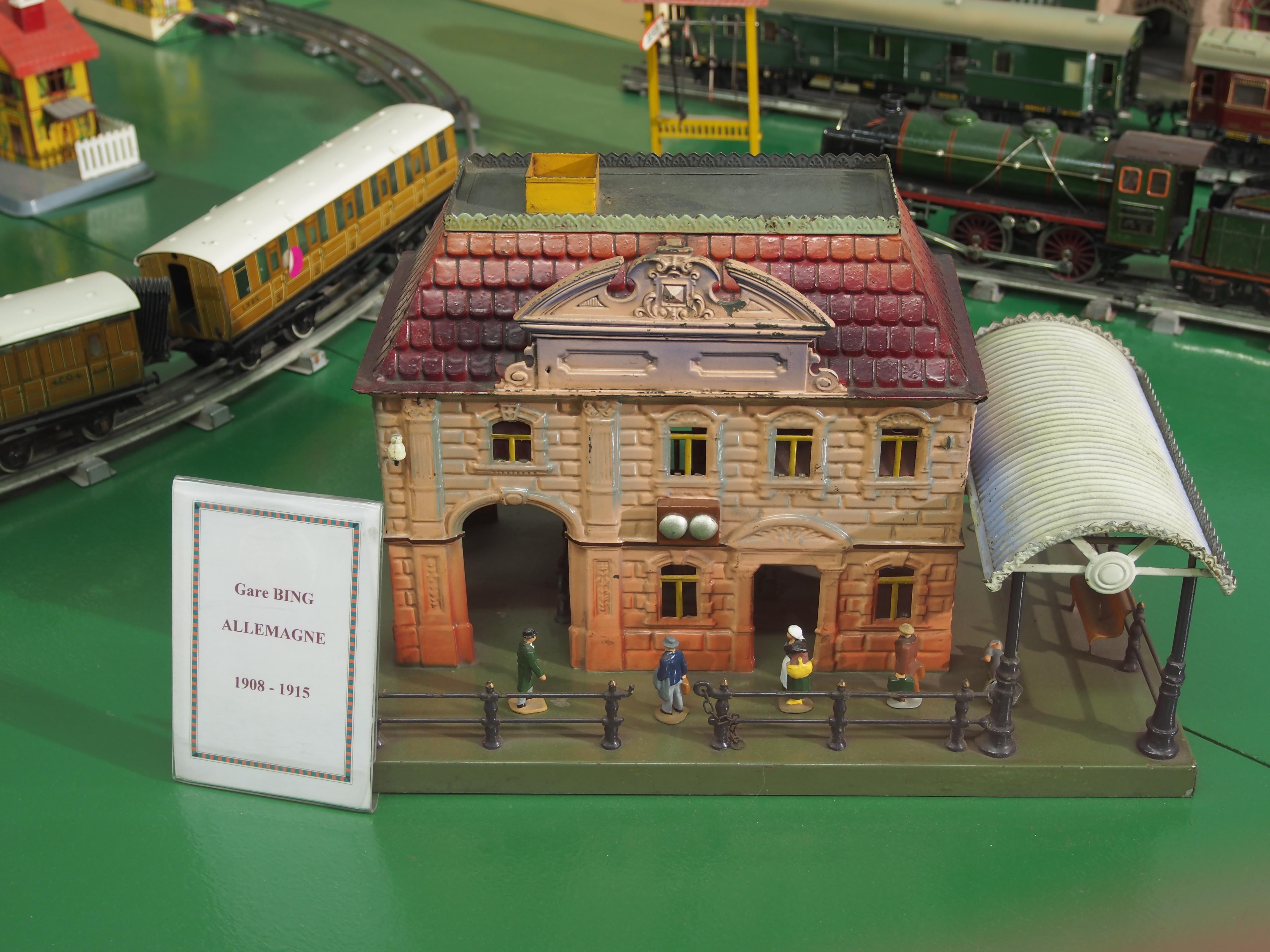 File model Gare De Du BingGermany1908 Of Jouet 1915Musée hBsCQtdorx