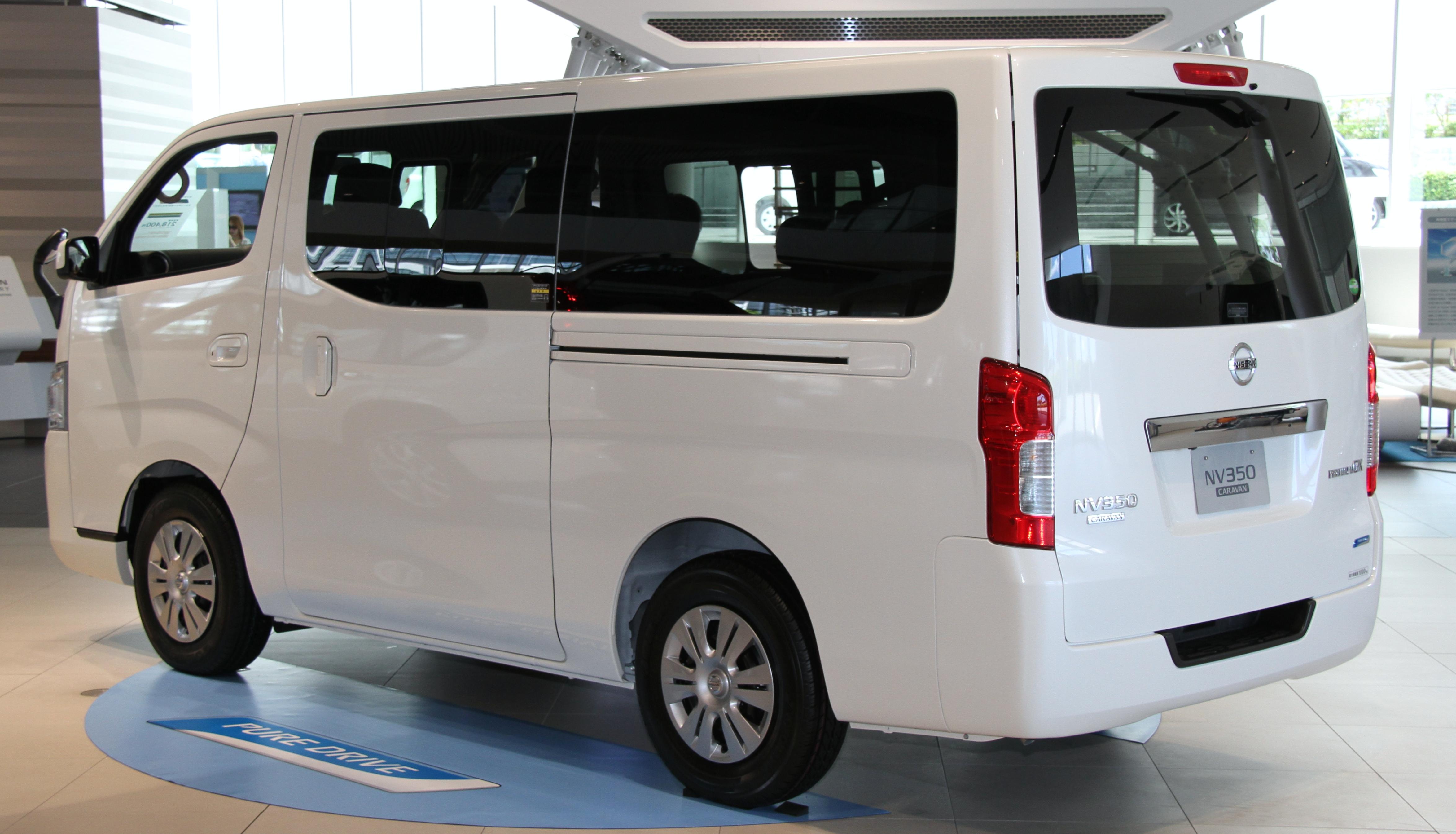 File Nissan Nv350 Caravan Rear Jpg Wikimedia Commons